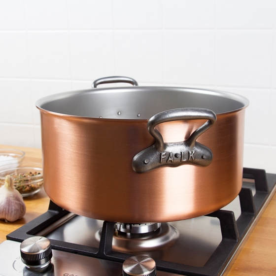 Picture of Classic Dutch Oven, 28 cm (7.9 qt)